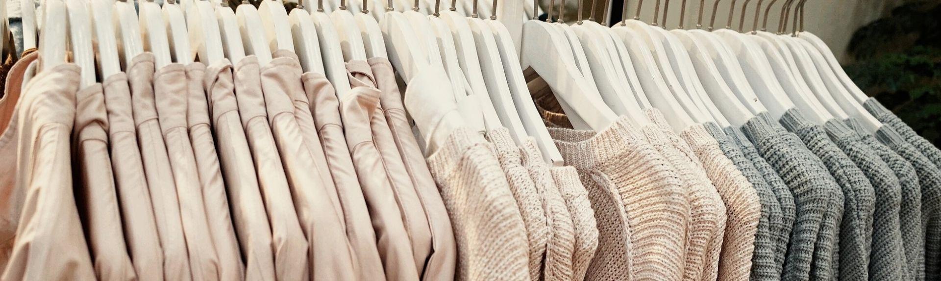 Базовый гардероб для женщин после 40: как выглядеть стильно