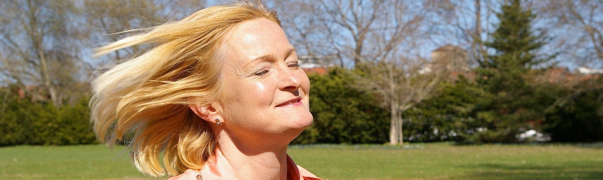 Как женщине омолодить лицо после 40 лет в домашних условиях