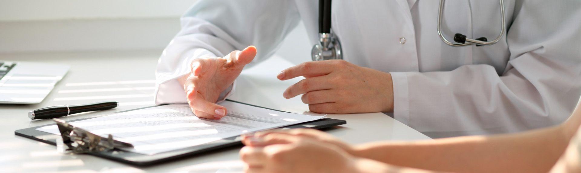 Миома матки и гиперплазия эндометрия: симптомы и признаки при климаксе