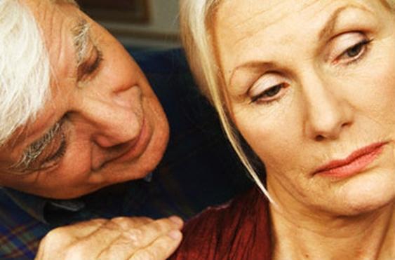 Первые симптомы климакса у женщин после 45 лет, какие признаки менопаузы после 45, 50 и 52 лет