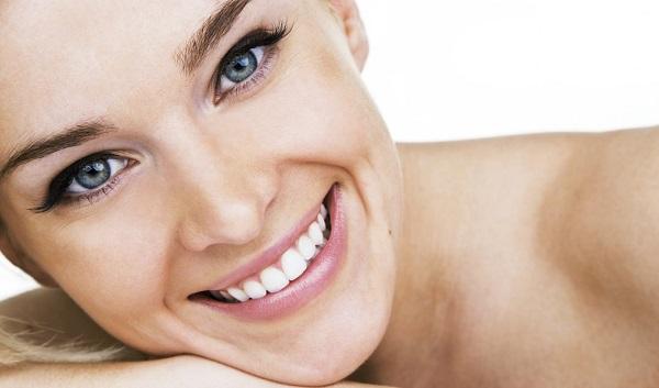 Маски для лица в домашних условиях, как сделать маску на лицо дома: альгинатные, желатиновые, с медом, из полисорба, увлажняющие и омолаживающие